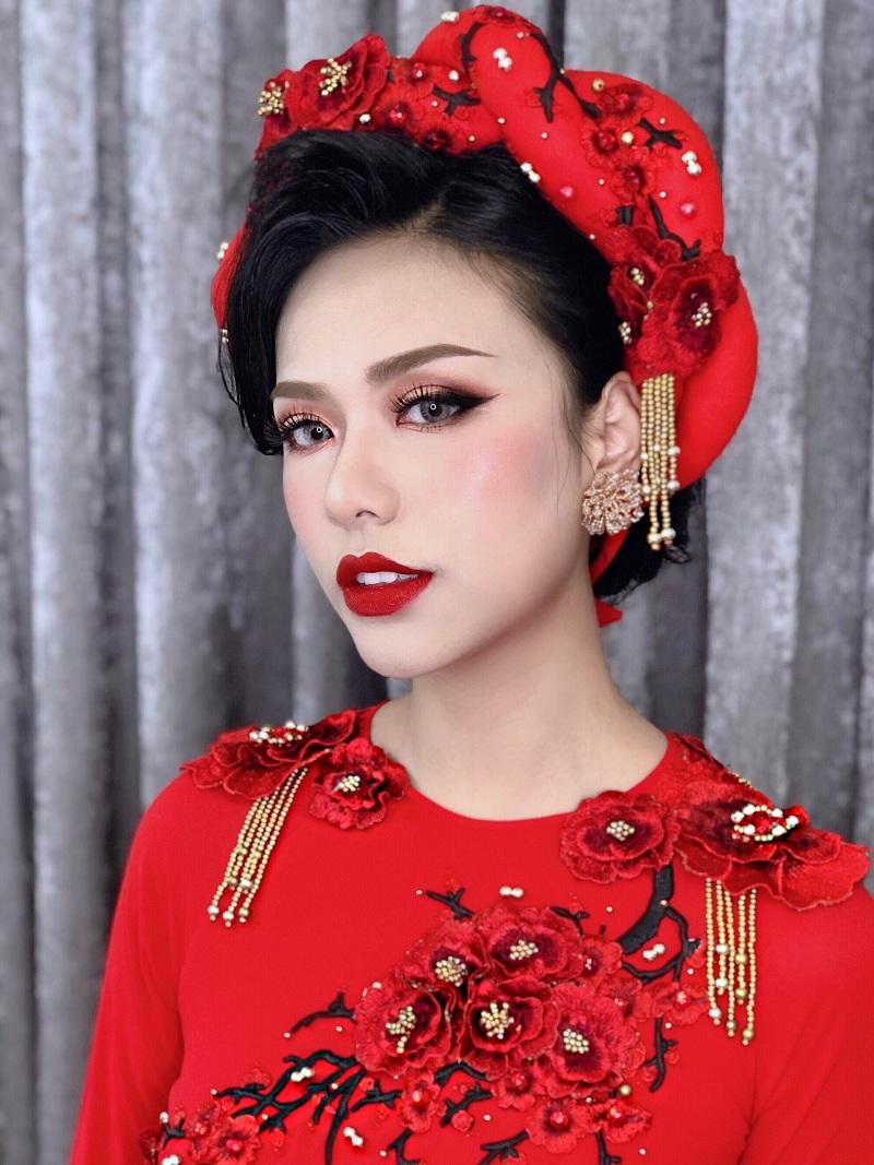 Học phí học trang điểm chuyên nghiệp tại Quanbee Make-Up Academy