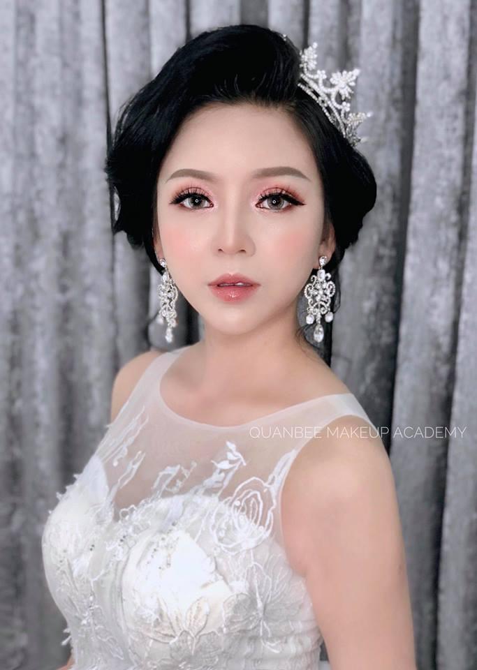 Học trang điểm make up cô dâu phong cách
