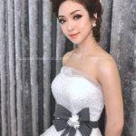 Trang điểm cô dâu và thuê váy cưới hợp kiểu dáng